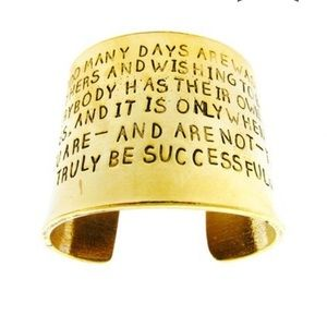 NWOT-Alisa Michelle 'Be Confident' Gold Cuff